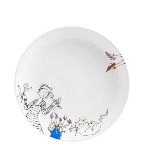 Ontbijtbord met een zwart-wit tekening van een dame met in iedere hand een tulp en een dikke witte, op haar rug liggende poes. In kleur een paar voeten met een rode en een roze schoen en een blauwe vaas met roze tulpen.